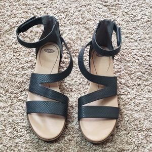 Dr. Scholl's Women's Freedom Strapping Sandal